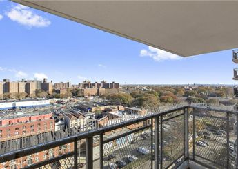 920 Metcalf Avenue Unit: 14L