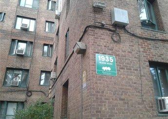 1935 Mcgraw Avenue Unit: 1F