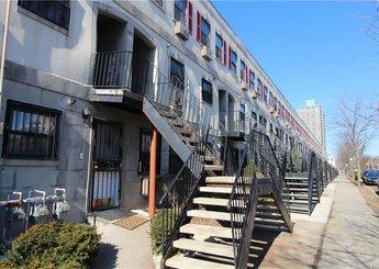 837 Underhill Avenue Unit: 61A