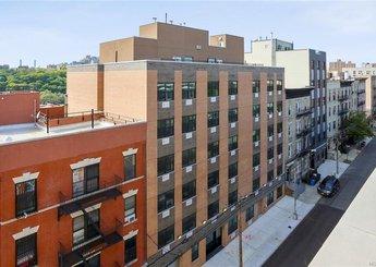 979 Summit Avenue Unit: 6C