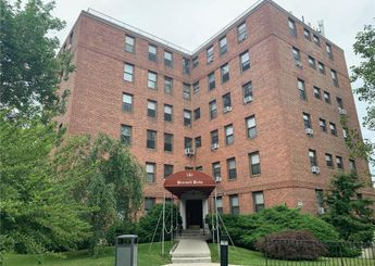 180 Pearsall Drive Unit: 1F