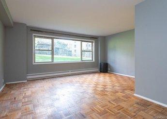 5 Fordham Hill Oval Unit: 1D