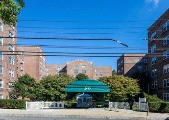 90 Bryant Avenue Unit: D-3B