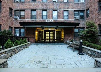 140 E Hartsdale Avenue Unit: 3F