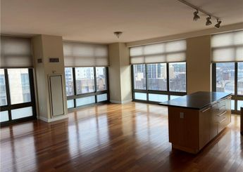 25 City Place Unit: 8C