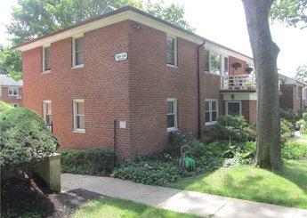 360 S Buckhout Street Unit: 360