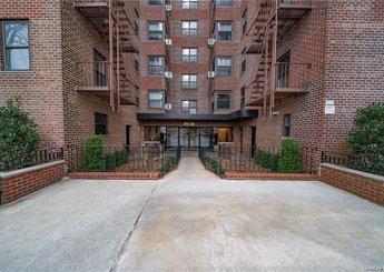 91-10 32 Avenue Unit: 306