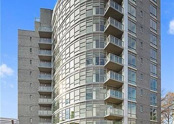 3620 Oxford Avenue Unit: 10A