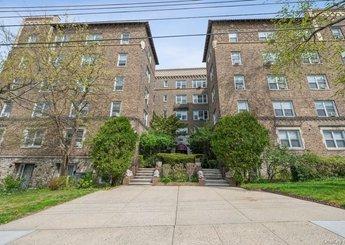 151 E Prospect Avenue Unit: 4A
