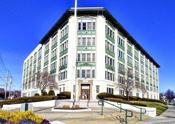1 Landmark Square Unit: 218