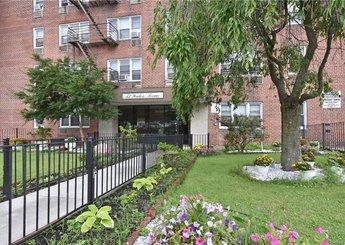 52 Yonkers Terrace Unit: 2J