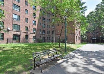 1501 Metropolitan Avenue Unit: 1E