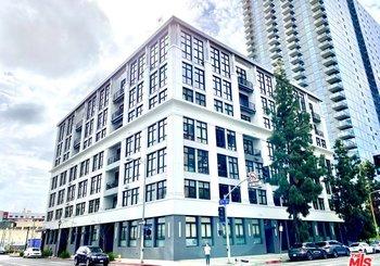 330 W 11th Street Unit: 601