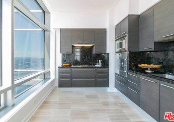 900 W Olympic Boulevard Unit: 40B