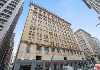 215 W 7th Street Unit: 305