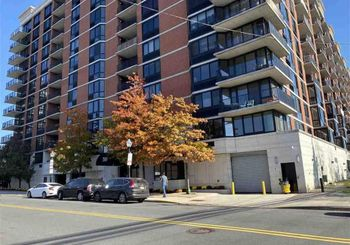 700 GROVE ST Unit: 5D