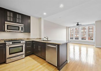1125 MAXWELL LANE Unit: 507