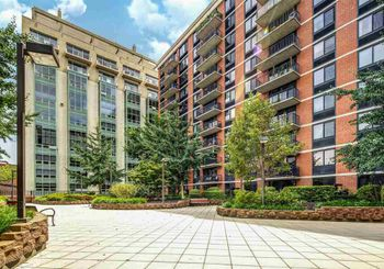 700 GROVE ST Unit: 4C