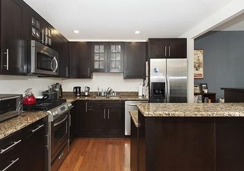 1025 MAXWELL LANE Unit: 407A