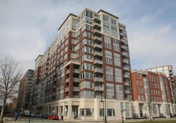 1125 MAXWELL LANE Unit: 605