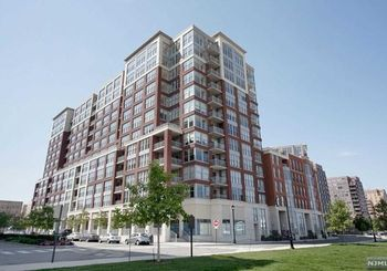 1125 Maxwell Lane Unit: 415