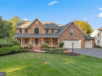 3188 River Valley