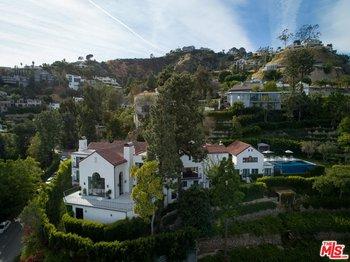8159 Hollywood