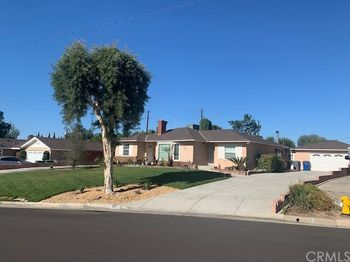521 El Rancho