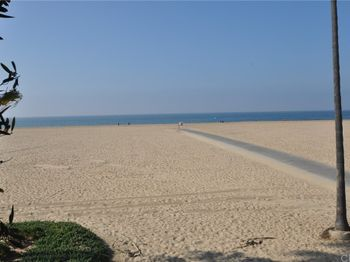 1140 W Oceanfront
