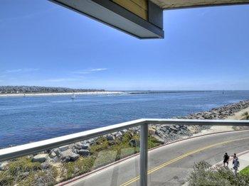 2595 Ocean Front Walk