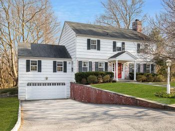 3 Carriage House