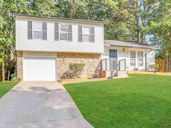 715 Hairston Crossing Ct
