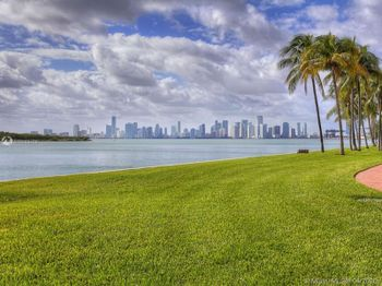 2211 Fisher Island Dr