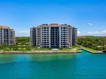6835 Fisher Island Dr