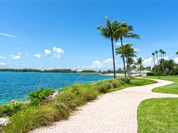 19112 Fisher Island Dr