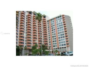 2899 Collins Ave