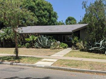 5421 El Parque Street