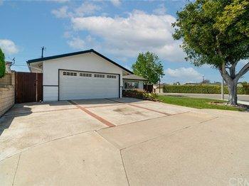 3239 Nebraska Place