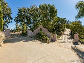 9505 Meadow Mesa Drive