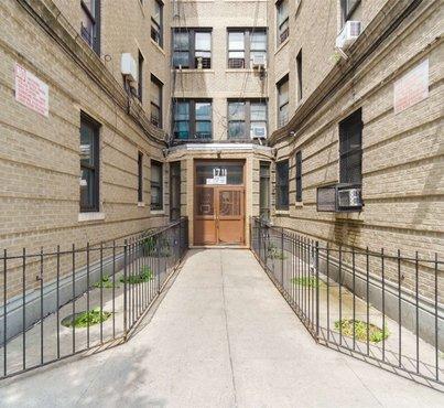 1711 Davidson Avenue Unit: 6k