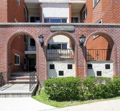 900 Midland Avenue Unit: 1C