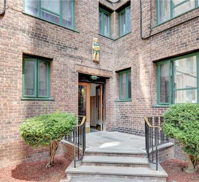 1936 E Tremont Avenue Unit: 2A
