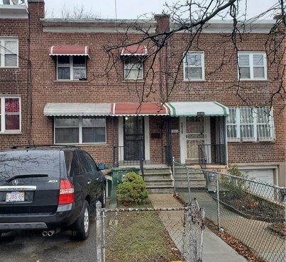 4032 Bronxwood