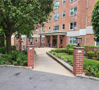 290 Collins Avenue Unit: 9EN
