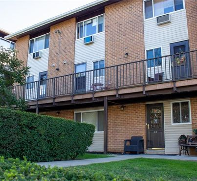 150 Glenwood Unit: C4