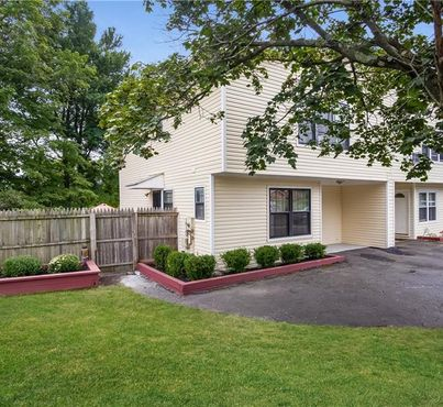 6 Forest Brook
