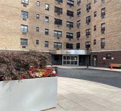 505 Central Park Avenue Unit: 627
