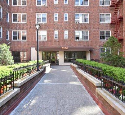 480 Riverdale Avenue Unit: 7T