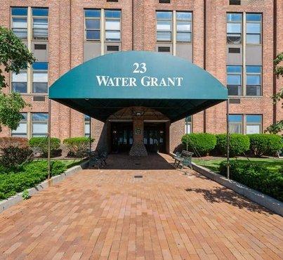 23 Water Grant Street Unit: 6L