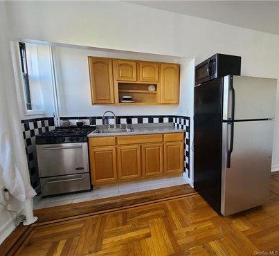 758 Brady Avenue Unit: 415